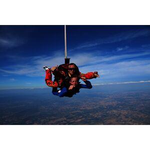 Wonderbox Coffret cadeau - Saut en parachute à proximité de Narbonne - Sport & Aventure - Publicité
