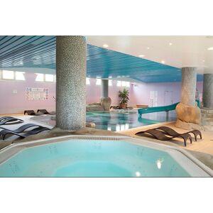 Wonderbox Coffret cadeau - Accès spa & massage à proximité de Disneyland Paris - Beauté & bien-être - Publicité