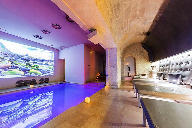 Wonderbox Coffret cadeau - Accès spa & massage au cur de Paris - Beauté & bien-être