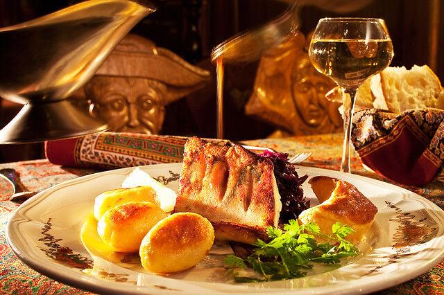 Wonderbox Coffret cadeau - Repas raffiné à quelques pas de la Cathédrale de Strasbourg - Restaurant & Gastronomie