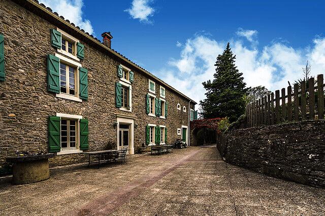 Wonderbox Coffret cadeau - Séjour en maison d'hôtes en pleine nature près de Carcassonne - Séjour & week-end