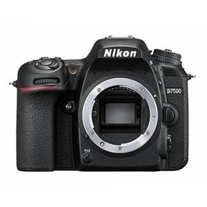 Nikon D7500 Appareil Photo Reflex numérique, 20,9 mégapixels, SD 8 Go 200 x Premium Lexar - Publicité