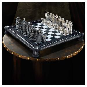 Noble Collection Harry Potter Final Challenge Chess Set