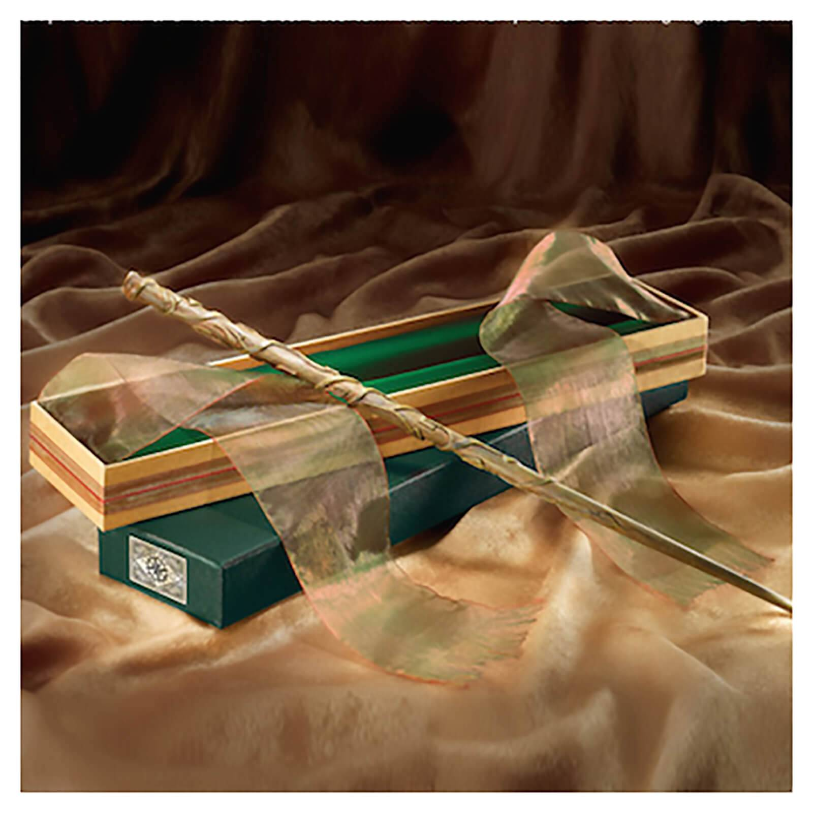 Noble Collection Harry Potter Hermione Granger's Wand in Ollivander's Box