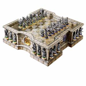 Noble Collection Lord of the Rings Chess Set
