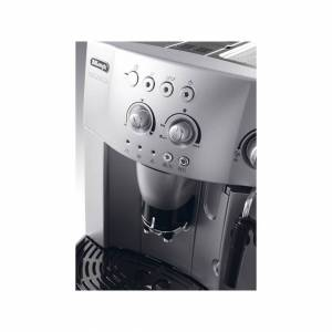 DeLonghi Magnifica Bean to Cup Coffee Machine - Silver