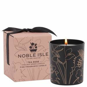 Noble Isle - Home Fragrance Tea Rose Fine Fragrance Candle 200g  for Men and Women