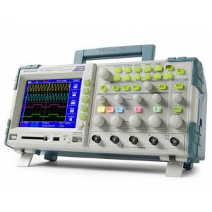 Tektronix TPS2024B Oscilloscope; Digital Storage, 200 MHz, 2GS/s, 4 Isolated Channels, TFT Colour Display, Battery Powered