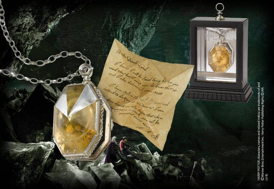 NOBLE COLLECTION Medaglione Horcrux Salazar Serpeverde Replica Harry Potter