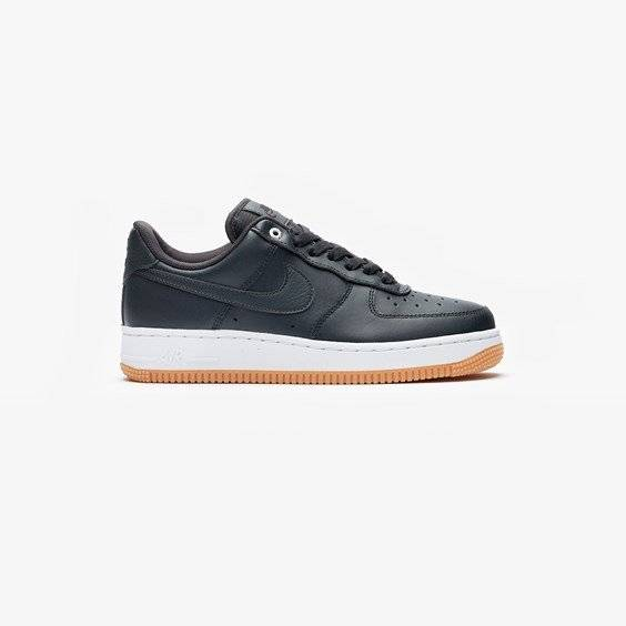 Nike Air Force 1 07 Premium For Women In Black - Size 38