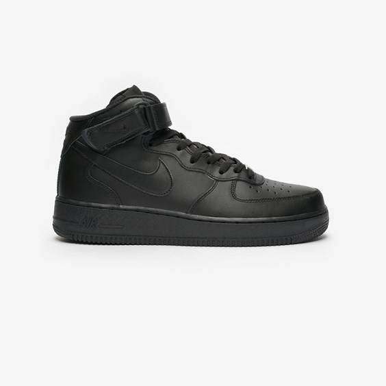 Nike Air Force 1 Mid 07 In Black - Size 40