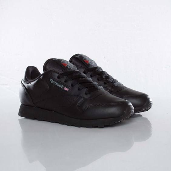 Reebok Classic Leather For Women In Black - Size 40