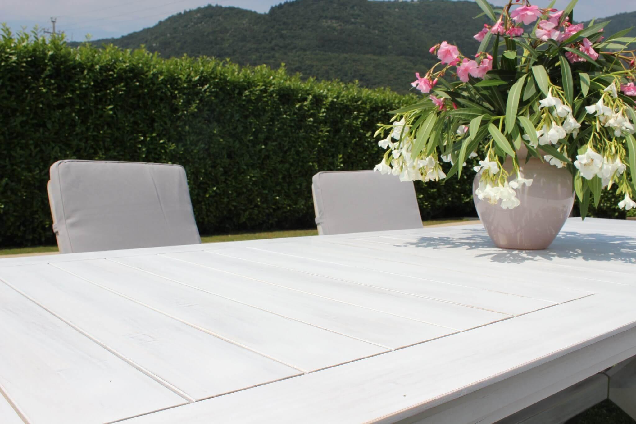 Milani Home CAESAR - tavolo da giardino allungabile in legno massiccio di acacia 150/200 x 90
