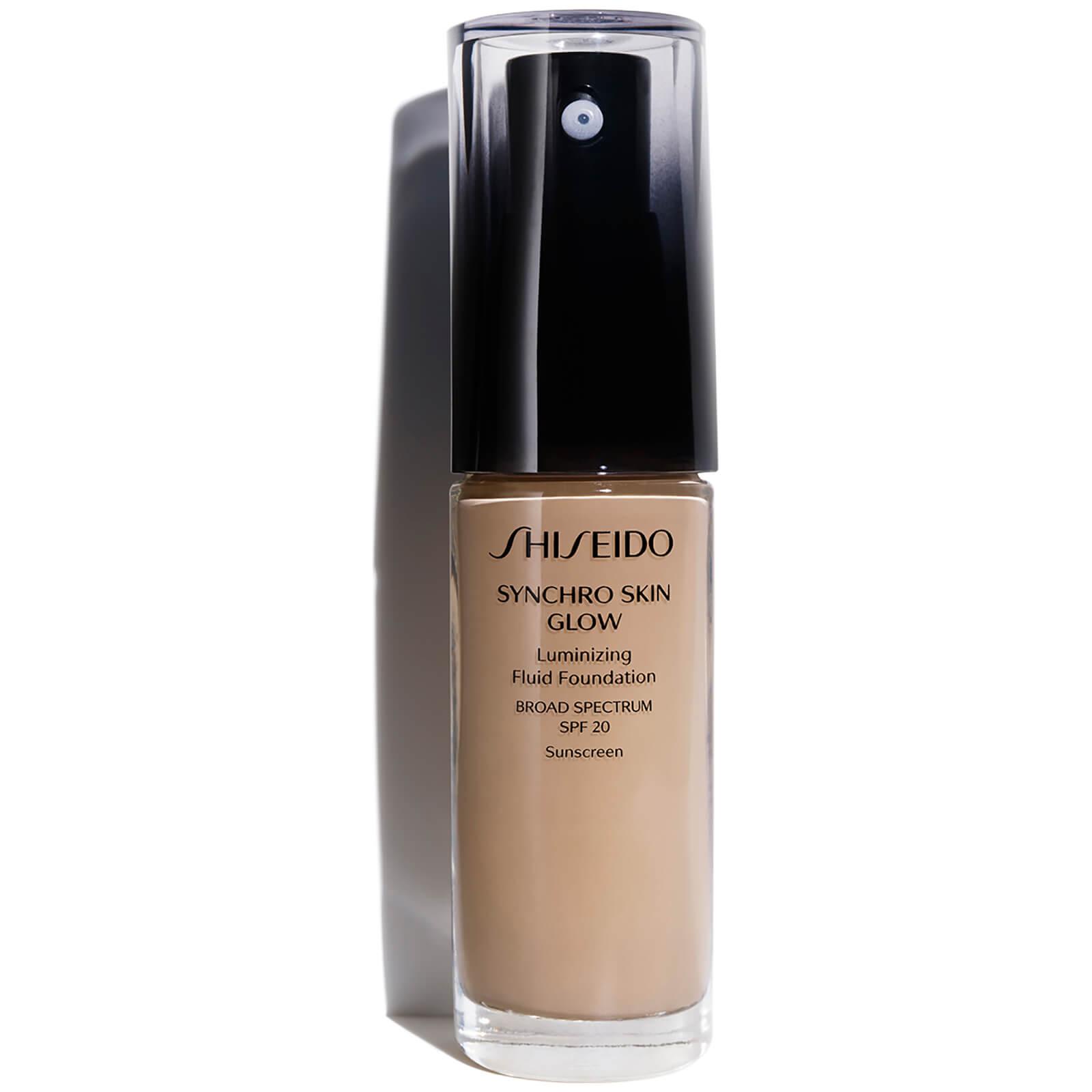 Shiseido Synchro Skin Glow Luminizing Foundation 30 ml (varie tonalità) - Neutral 4