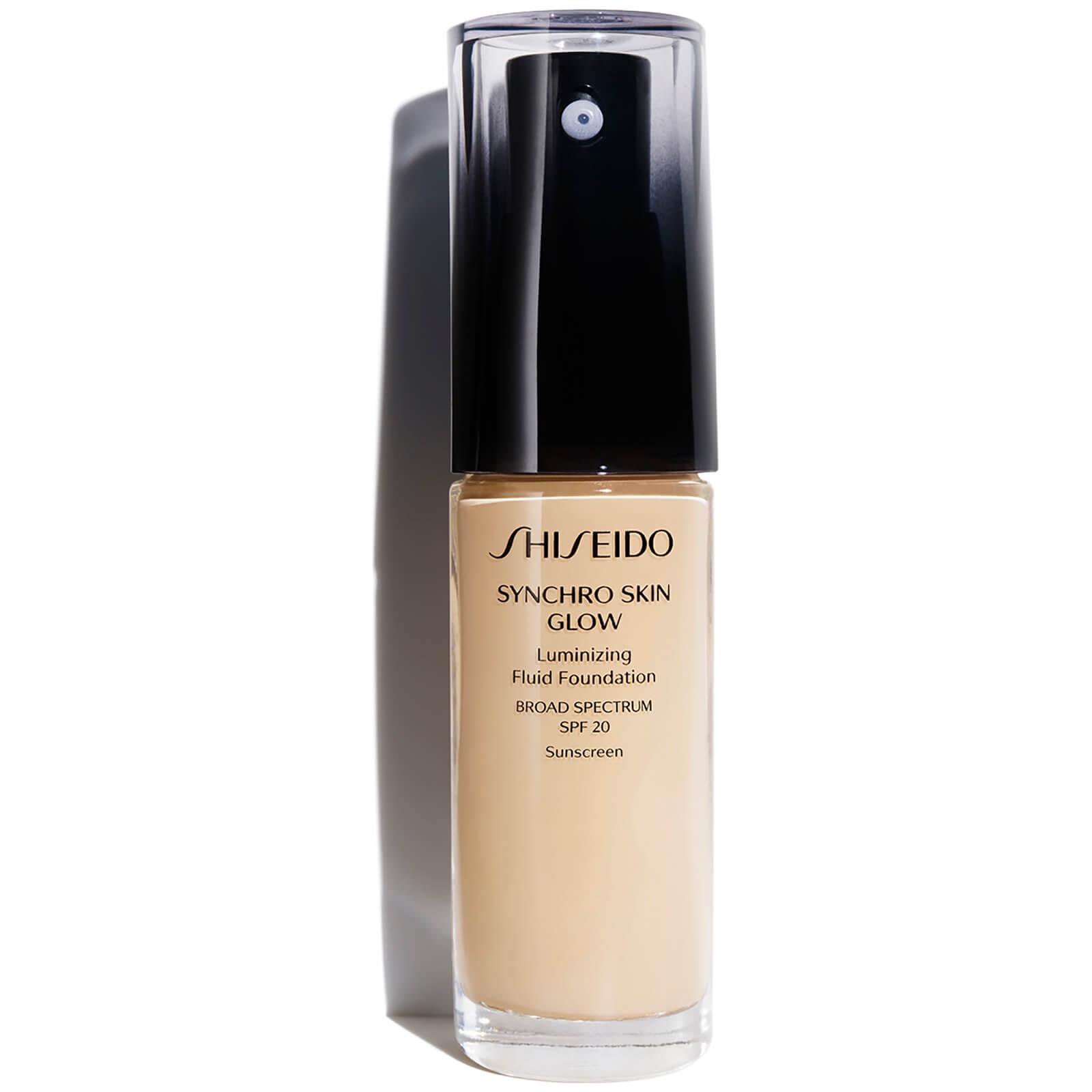 Shiseido Synchro Skin Glow Luminizing Foundation 30 ml (varie tonalità) - Golden 2