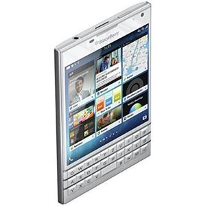 Blackberry Passport Smartphone (11,4 cm Display, Nano-SIM, QWERTZ, 32 GB di memoria interna, 13 Megapixel fotocamera, BlackBerry OS 10,3) Bianco