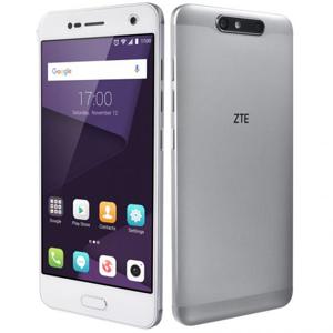 "ZTE Blade V8 13,2 cm (5.2"") 3 GB 32 GB Argento 2730 mAh"