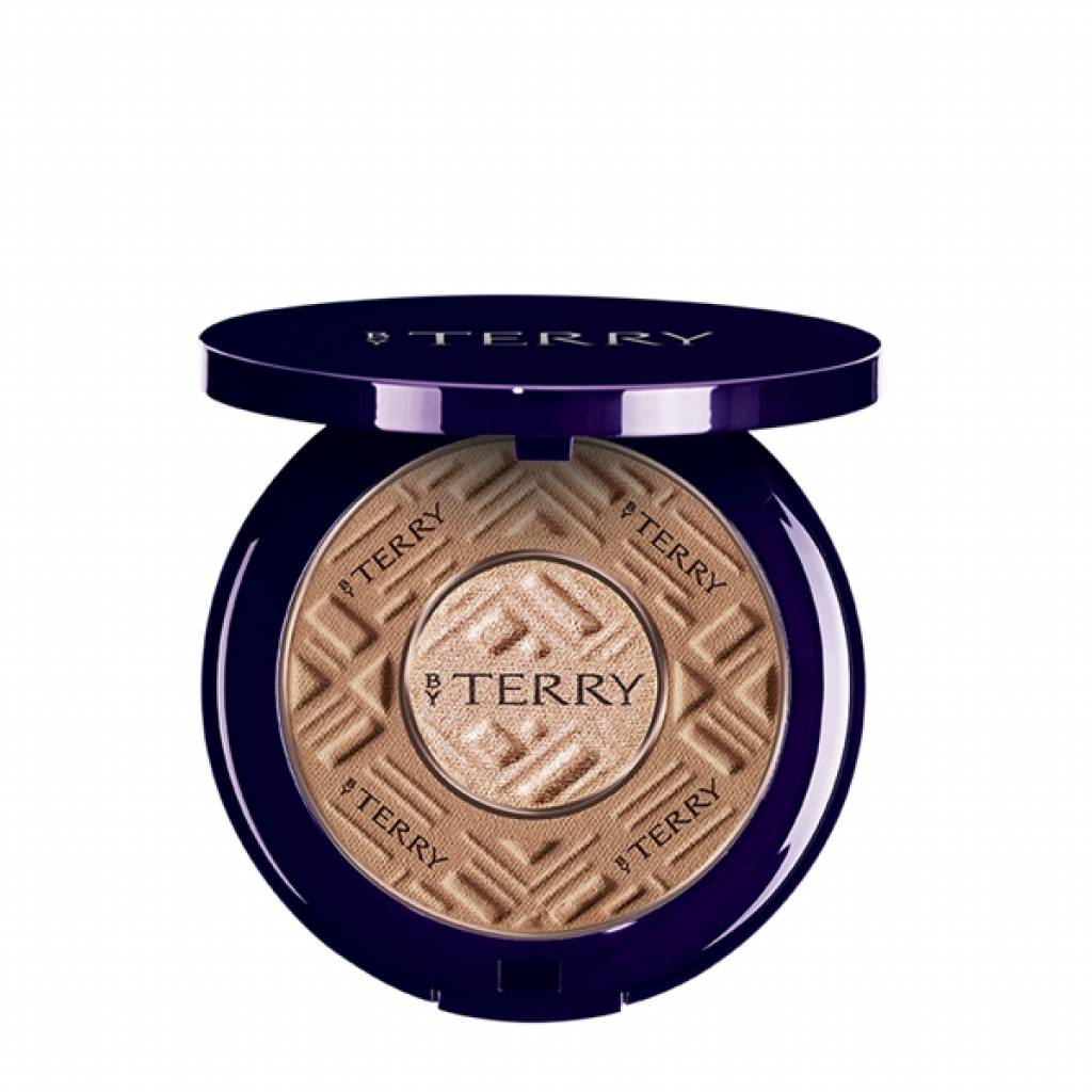 By Terry Viso Compact-Expert Dual Powder