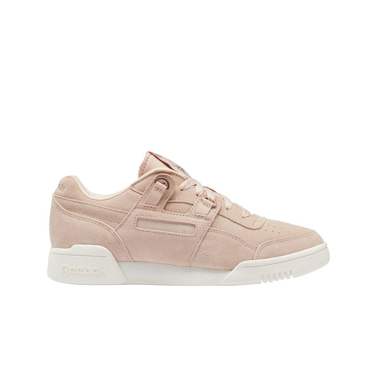 reebok workout low plus da donna in suede rosa