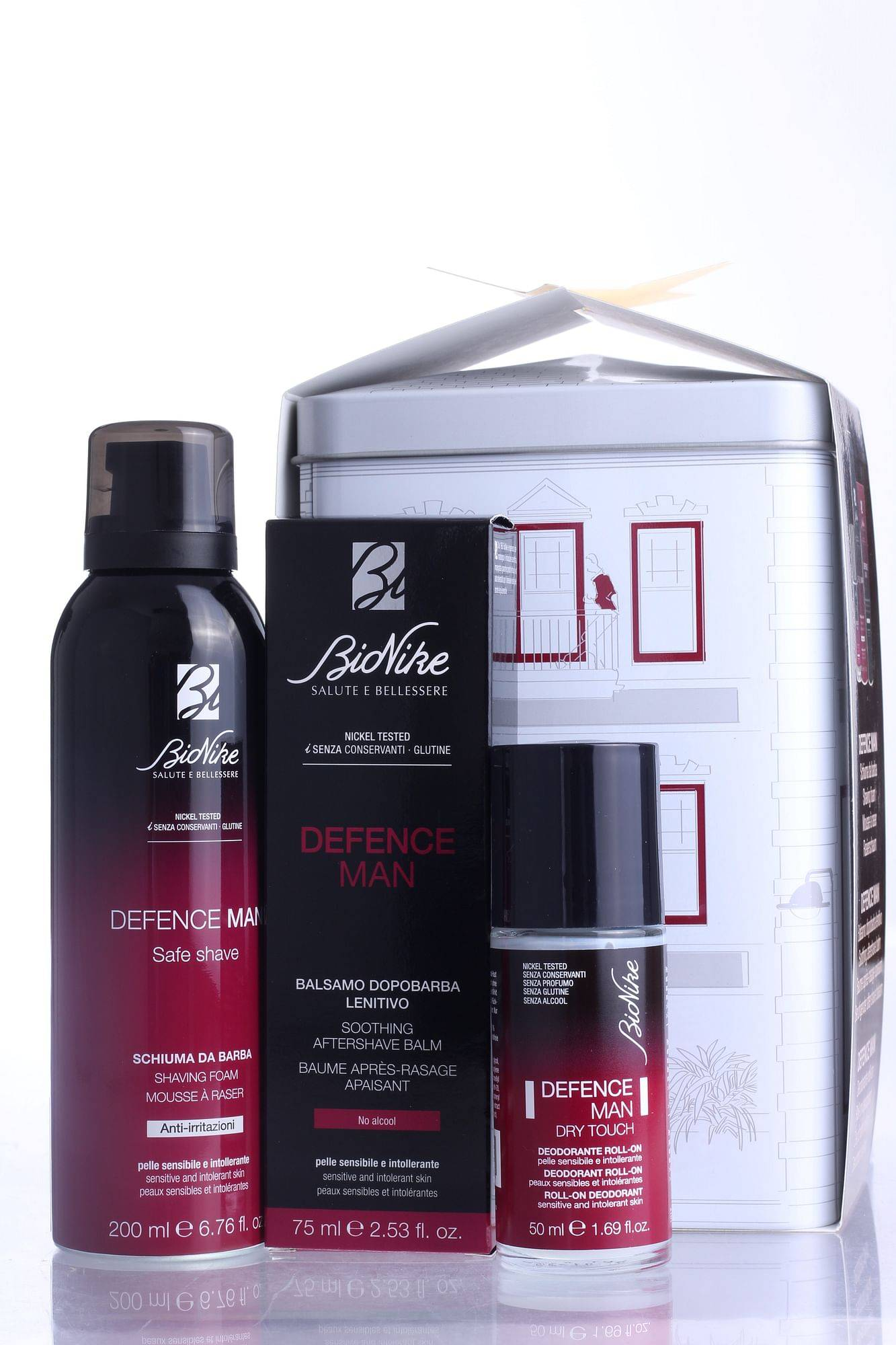 Bionike Defence Man Kit Natale 2020 1 Safe Shave Schiuma Barba Antiirritazioni 200 Ml +