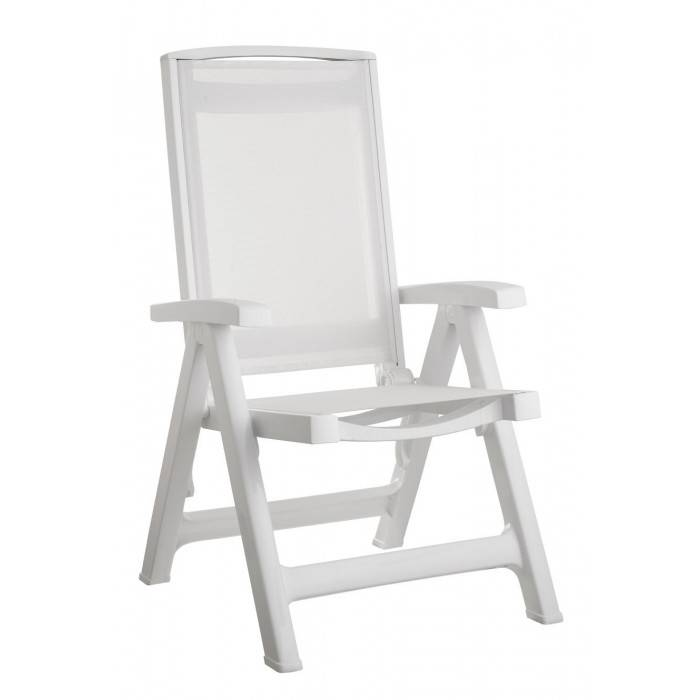 scab outdoor arredinitaly: sedia sdraio con braccioli e schienale regolabile in polipropilene bianco, seduta e schienale in tessuto traspirante