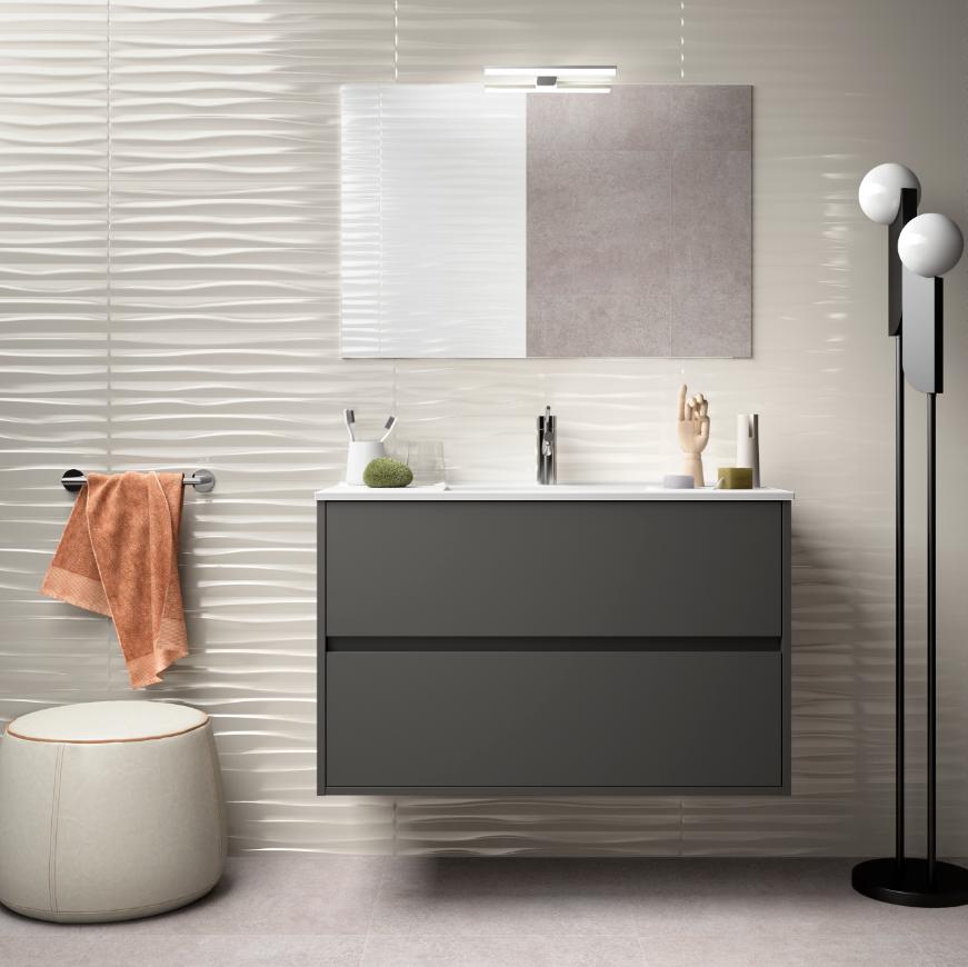 Caesaroo Mobile bagno sospeso 90 cm in legno grigio opaco con lavabo in porcellana Con colonna, specchio e lampada LED