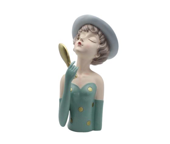 petite fantasie beautiful woman statua bambola con cappello e specchietto in mano resina complemento d'arredo 30x12cm