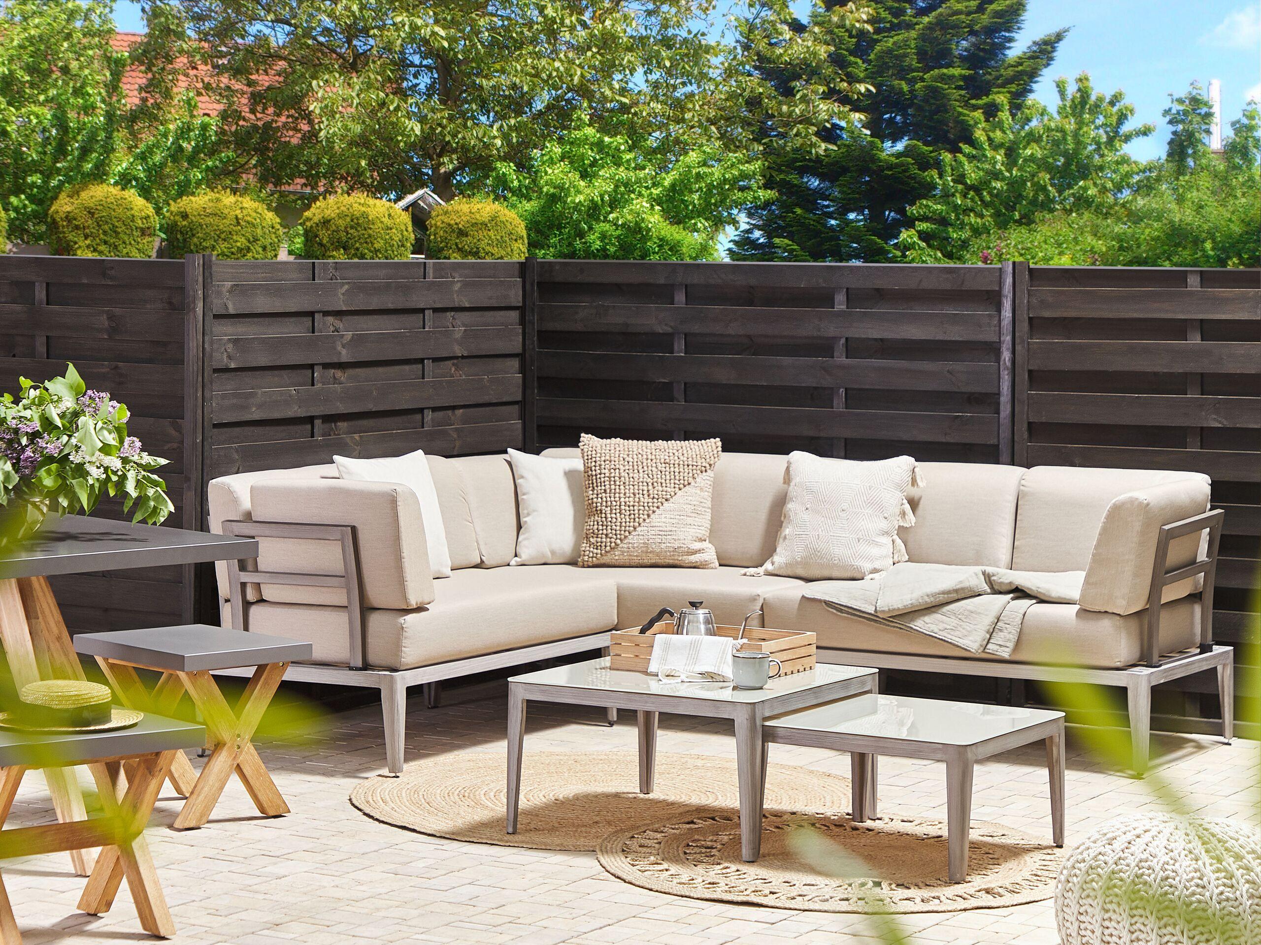 beliani set divano da esterno in alluminio beige a 6 posti patio moderno