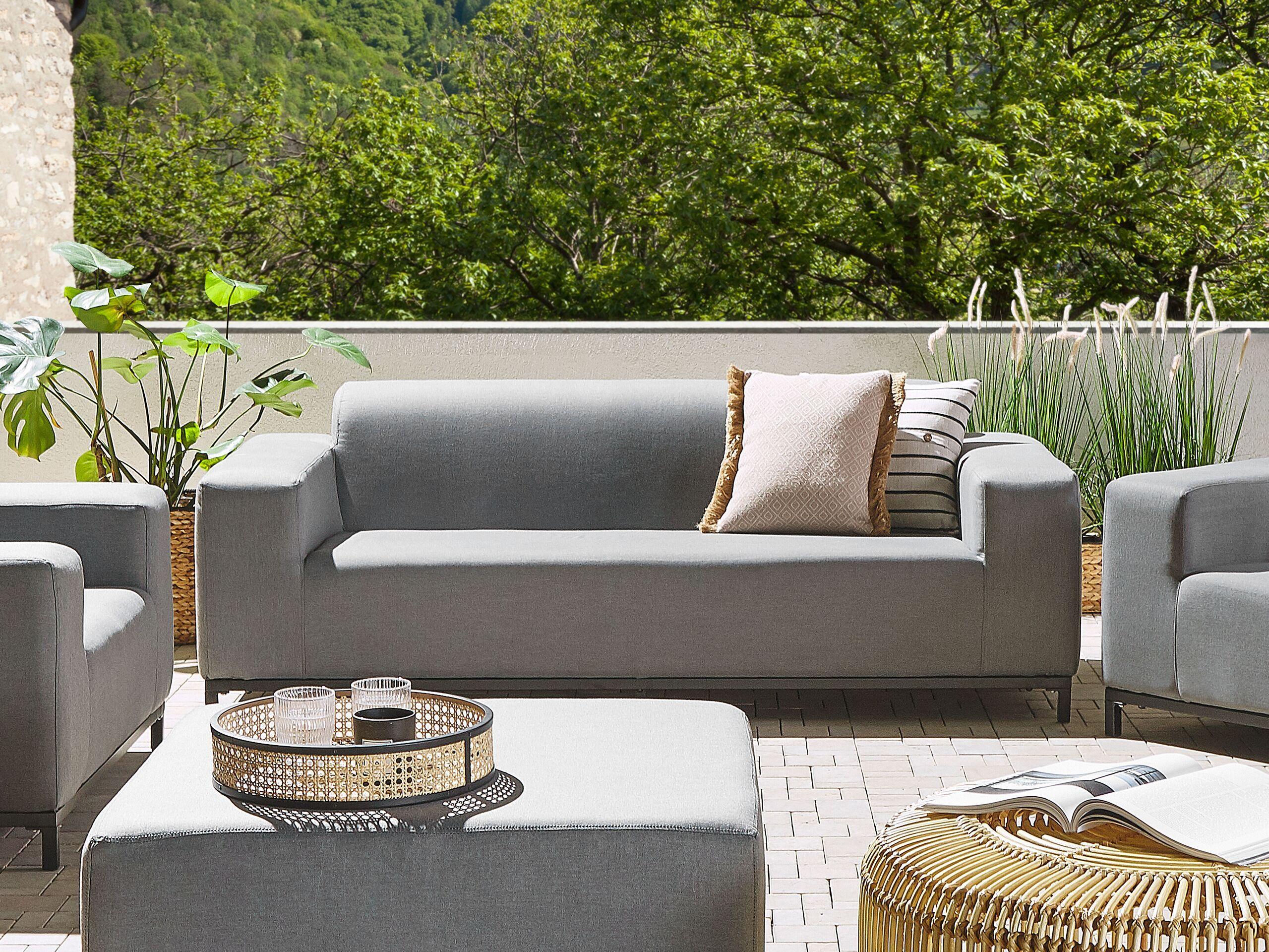 beliani divano in tessuto grigio struttura nera per interni ed esterni moderno