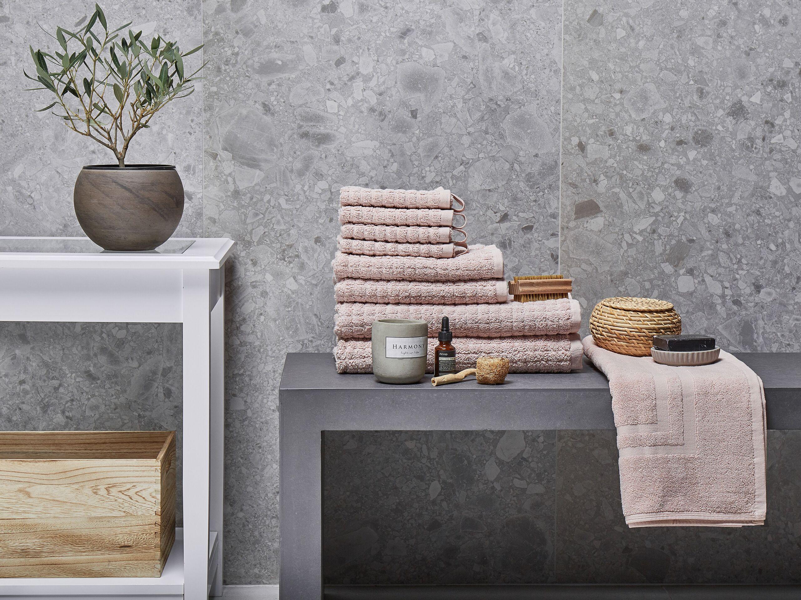 beliani set di 9 asciugamani rosa da bagno in morbido cotone low twist accessori bagno