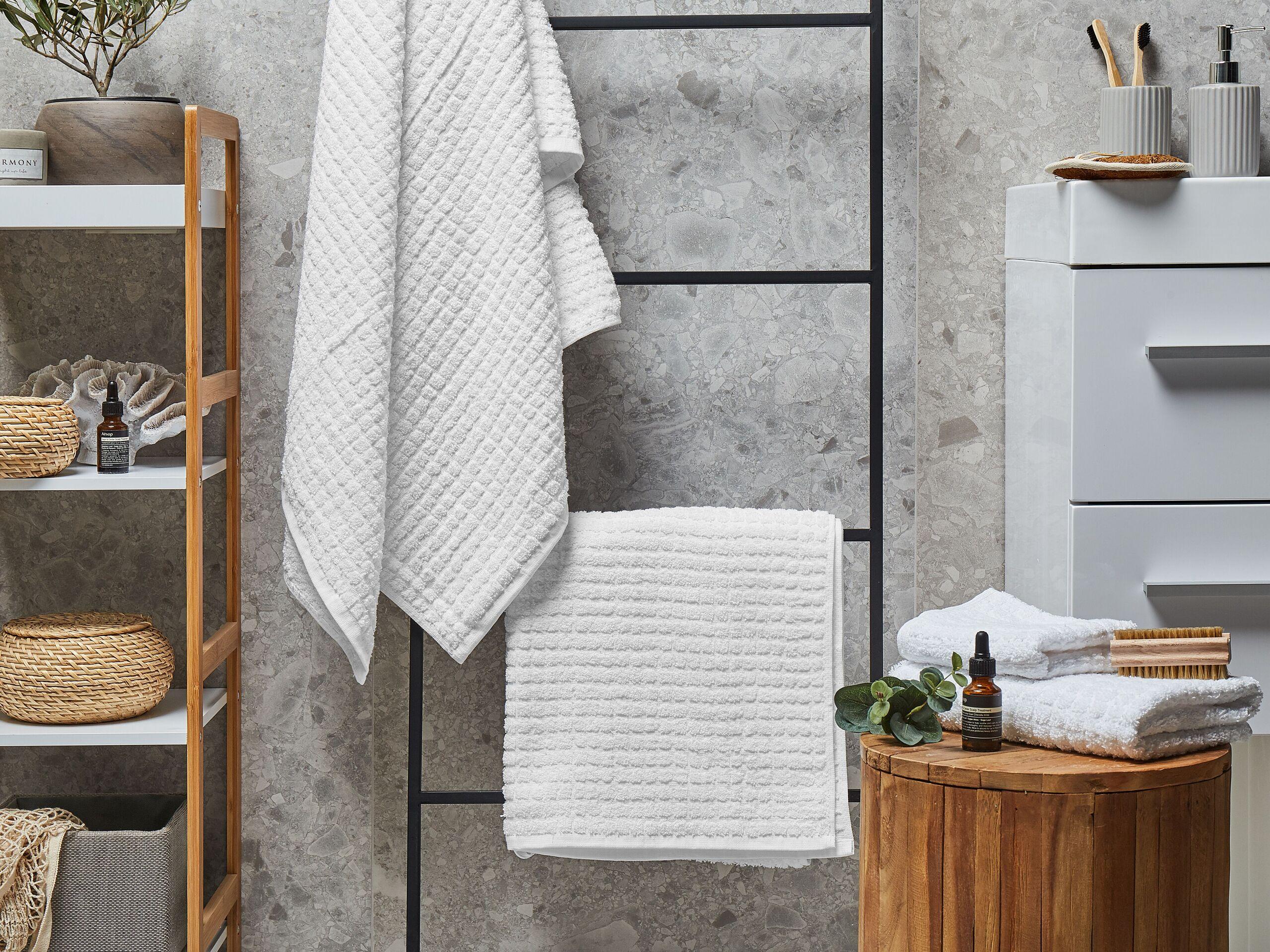beliani set di 4 asciugamani bianco da bagno in morbido cotone low twist accessori bagno