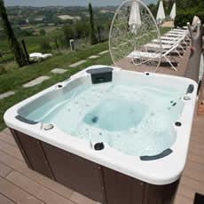 piscine italia vasca idromassaggio da esterno 6 posti cristallo