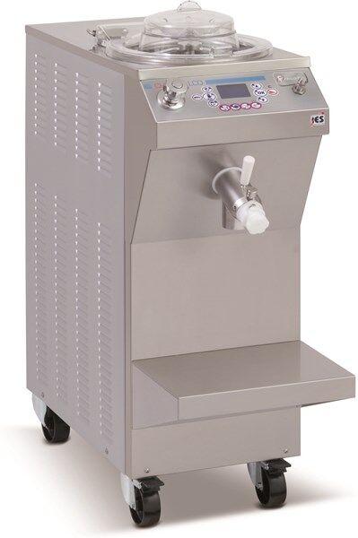 Cuocicrema FRM Capacità lavorazione prodotto Kg 3/12 Condensatore ad acqua Durata media ciclo 50 minuti Produzione per ciclo Kg 12 Dim. Cm L 40 x P 89 x h 124 Modello CHEF 12 LCD