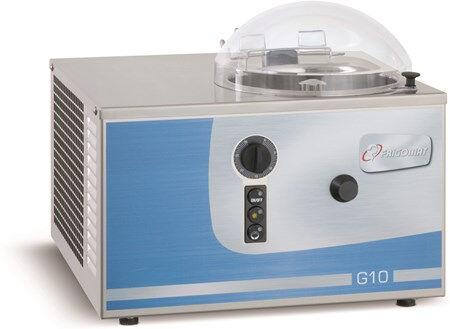 Gelatiera Da banco FRM Capacità prodotto Kg 205 Condensatore ad aria Produzione oraria Kg 10 Dim. Cm L 48 x P 49 x h 31 Modello G10