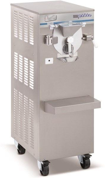 Mantecatore orizzontale FGM Condensatore ad aria/ascua Carico per ciclo 2-4 Kg Produzione oraria Kg 25 Dim. Cm L 44 x P 881 x h 126 Modello T4S