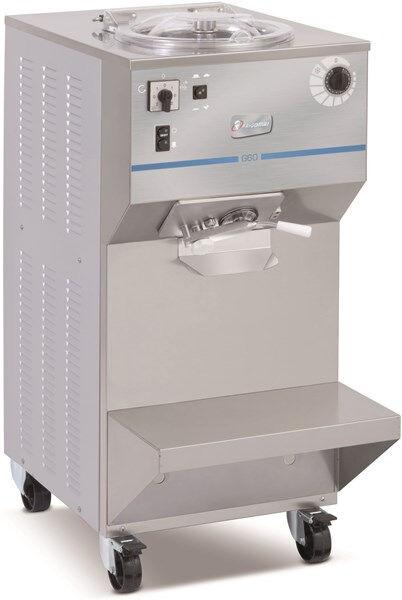 Mantecatore verticale FGM Condensatore ad aria/acqua Carico per ciclo Kg 11 Produzione oraria Kg 60 Dim. Cm L 53 x P 85 x h 118 Modello G60