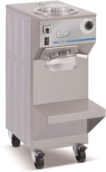 Mantecatore verticale FGM Condensatore ad aria Carico per ciclo Kg 4,5 Produzione oraria Kg 20 Dim. Cm L 40,5 x P 79 x h 108 Modello G20