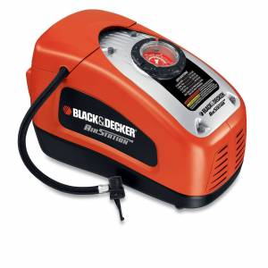Black & Decker Compressore portatile 12V-220V  con accessori