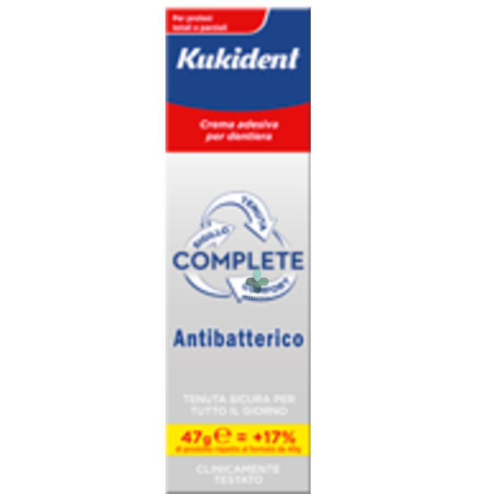 Procter & Gamble Kukident Complete Crema adesiva per dentiere con Antibatterico (47 g)