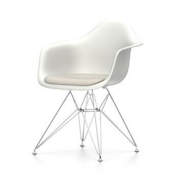 VITRA sedia poltroncina con cuscino Eames Plastic Armchair DAR NUOVE DIMENSIONI (Bianco, cuscino warmgrey/avorio - Polipropilene bianco, acciaio [...]