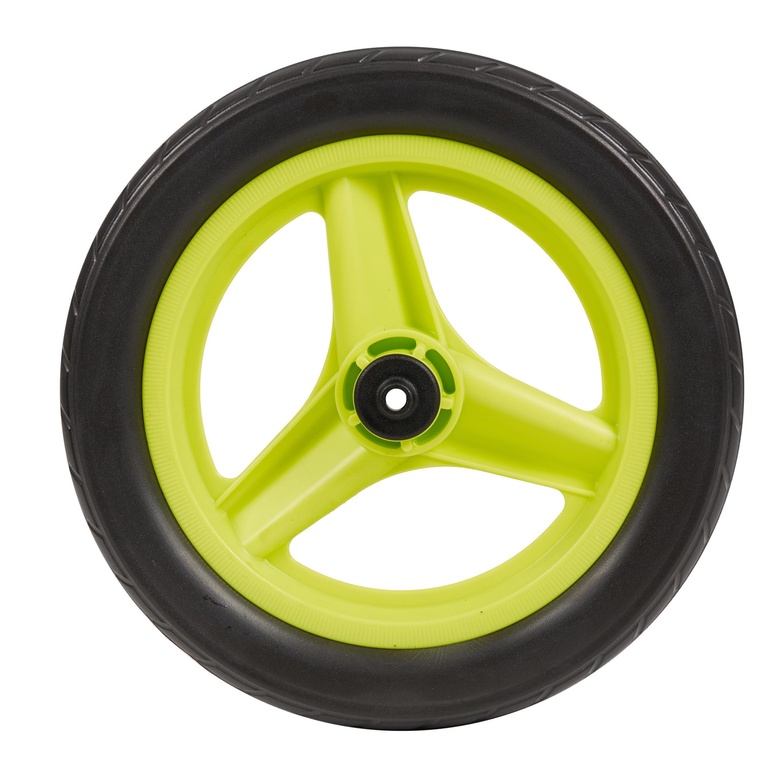 btwin ruota 10 pollici posteriore bici senza pedali runride verde con pneumatico nero.