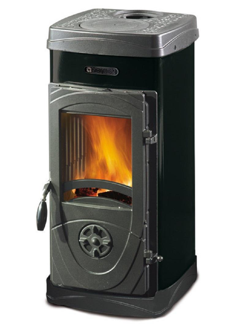 stufa a legna in acciaio e ghisa fuoco continuo la nordica extraflame mod. super junior 5 kw nero cod. 39586