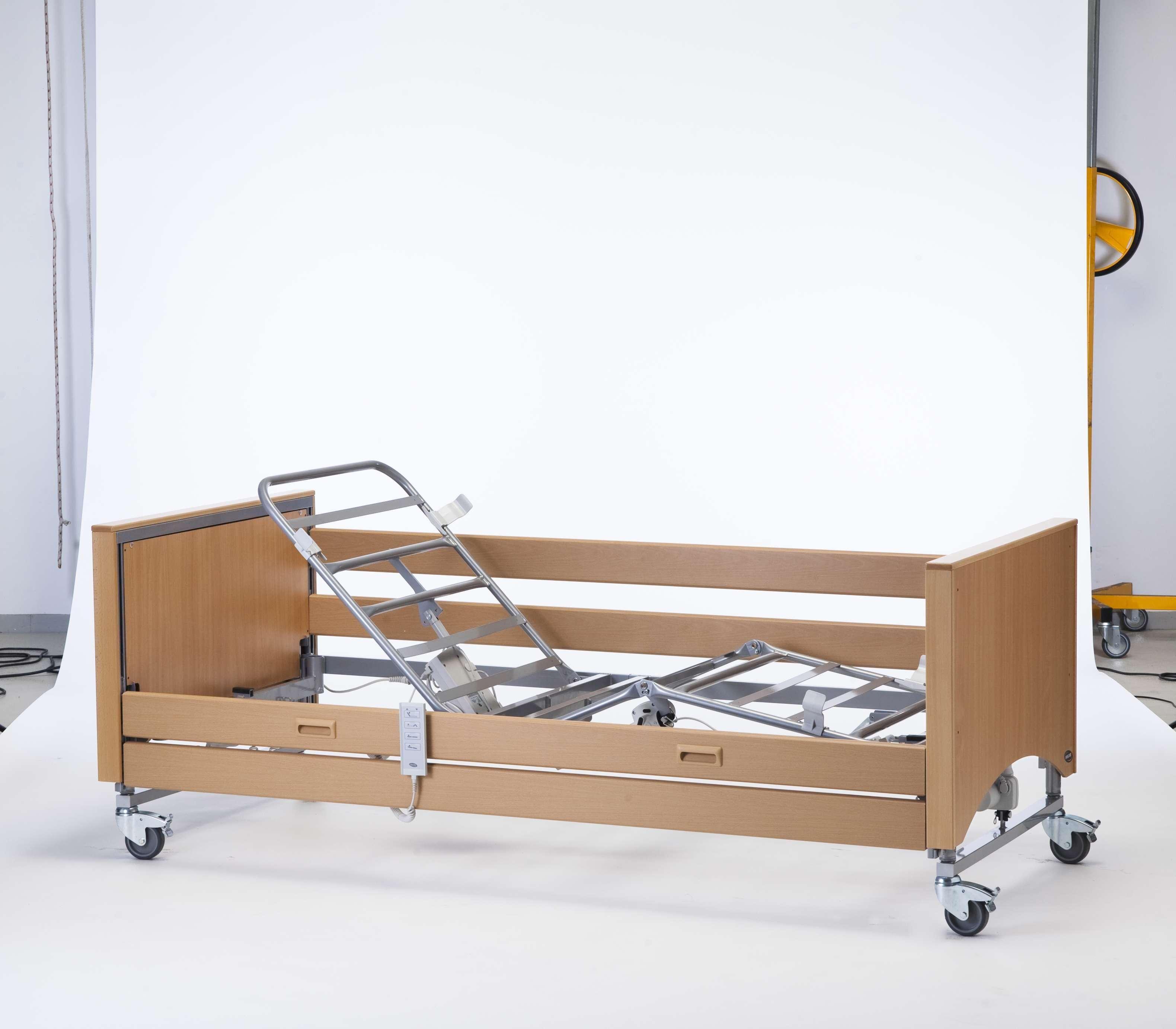 invacare letto elettrico  medley ergo low copripannelli in faggio