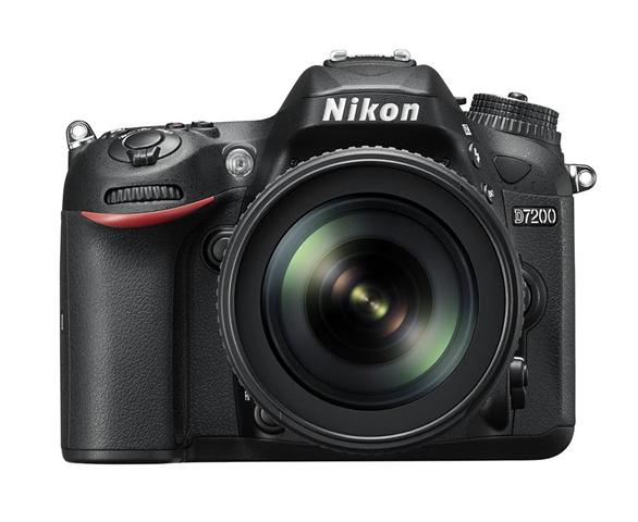 Nikon D7200 + AF-S DX NIKKOR 18-105mm VR Kit fotocamere SLR 24,2 MP CMOS 6000 x 4000 Pixel Nero