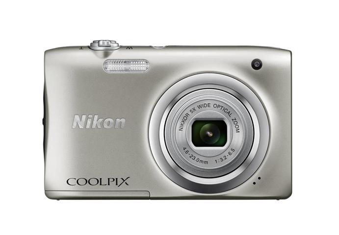 "Nikon COOLPIX A100, Case, Selfie stick Fotocamera compatta 20,1 MP CCD 5152 x 3864 Pixel 1/2.3"" Argento"