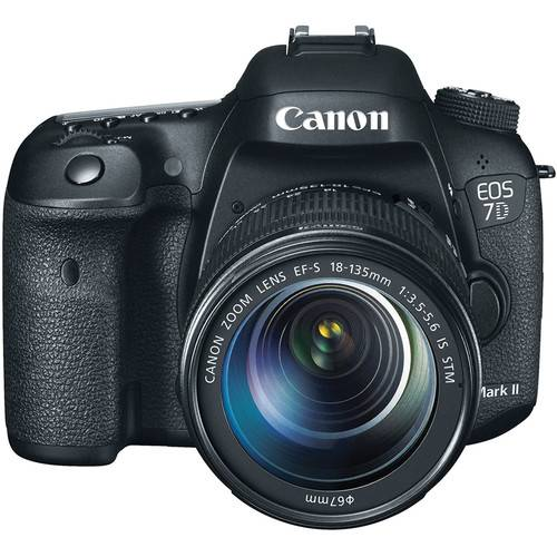 Canon EOS 7D MARK II + 18-135mm IS STM - 4 ANNI DI GARANZIA