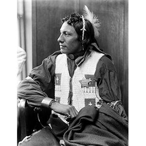 Posterazzi Póster de Sioux Native American C1900 Nan Unidentified Sioux a Member of Buffalo Bills Wild West Show fotografiado por Gertrude KSebier C1900 (18 x 24)