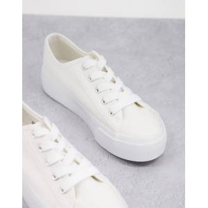 New Look flatform canvas lace up trainer in white