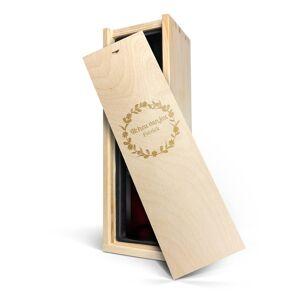 YourSurprise Wijn in gegraveerde kist - Riondo Merlot