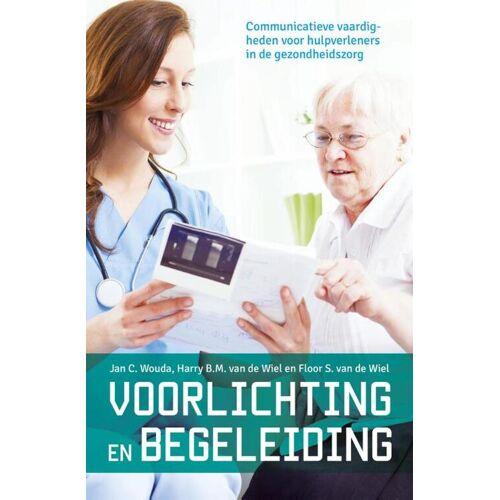 Voorlichting en begeleiding - Floor S. van de Wiel (ISBN: 9789023252436)